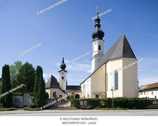 Austria, Land Salzburg, Flachgau, Berndorf, View of parish church