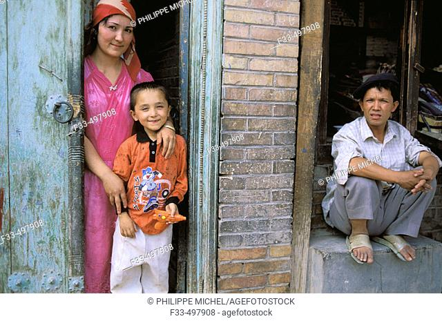 Old city bazar. Ouigour population. Kashgar (Kashi). Sinkiang Province (Xinjiang). China