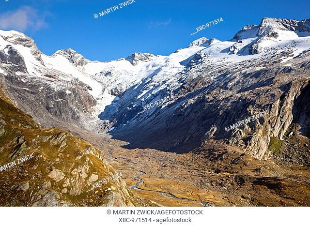 the valley Maurer Tal in the national park Hohen Tauern with a view of the glacier Maurer Kees and the crossing Maurer Toerl  The glacier Maurer Kees is...