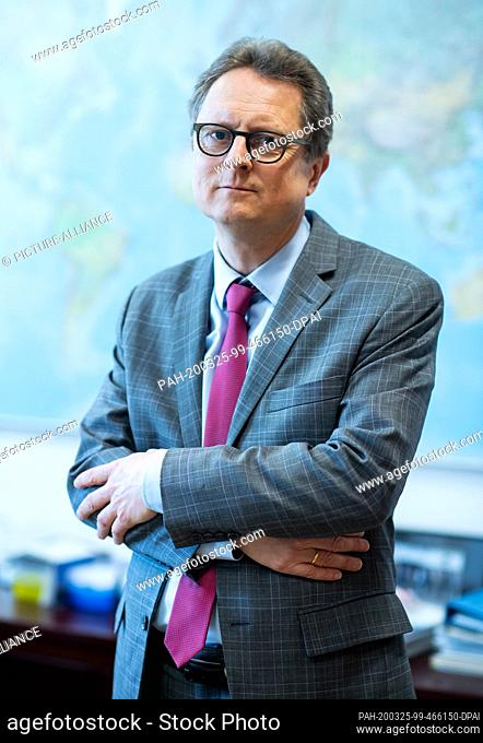 25 March 2020, Berlin: Frank Hartmann, Head of the Crisis Response Centre of the Federal Foreign Office, is standing in his office