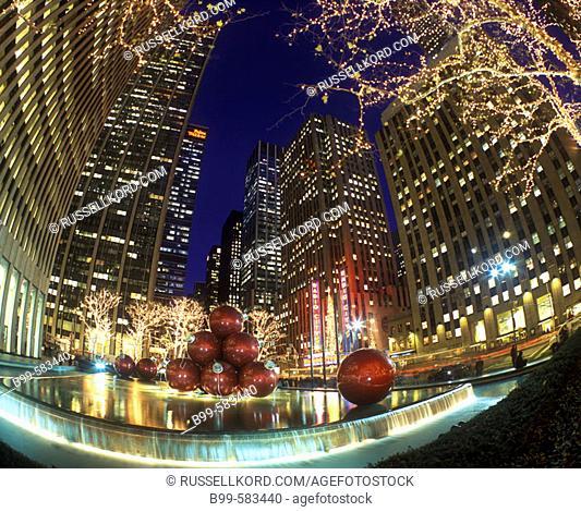 Christmas Lights, Radio City, Rockefeller Center, Manhattan, New York, Usa