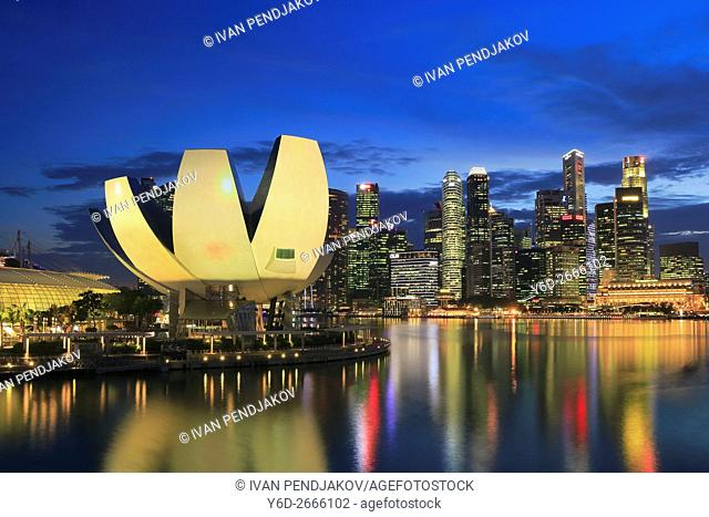 Art Science Museum and Marina Bay at Dusk, Singapore