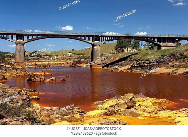 Río Tinto y puente Gadea. Villarrasaa (Huelva)