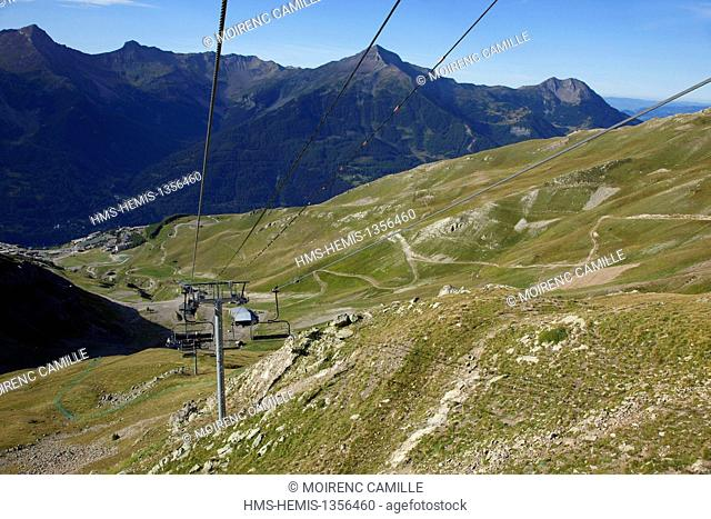 France, Hautes Alpes, Ecrins Massif, Orcieres, chairlifts