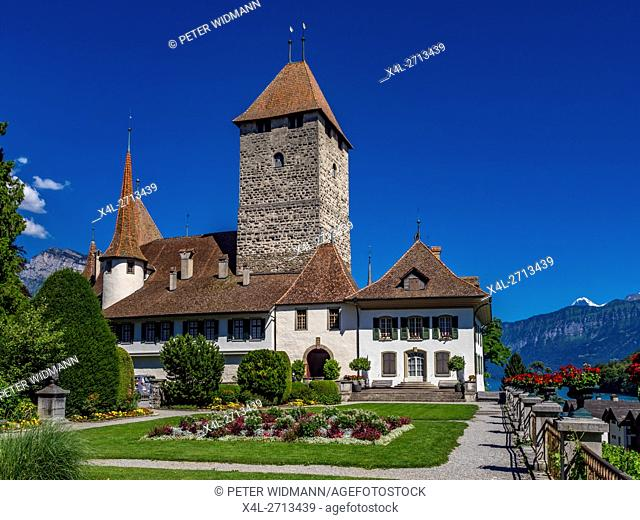 Spiez Castle, Lake Thun, Bernese Oberland, Bern, Switzerland, Europe