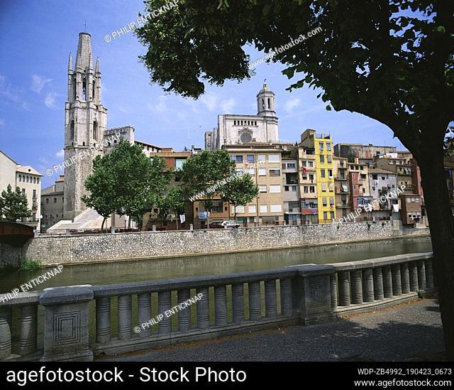 Ex-colegiata De Sant Feliu & Cathedral