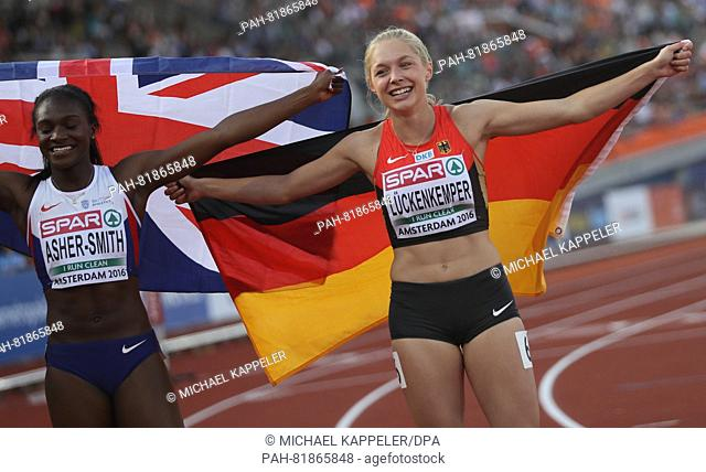 9ed12e7d7d Winner Dina Asher-Smith (L) of Great Britain and third placed Gina  Lueckenkemper