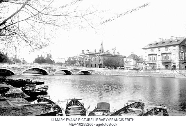 Bedford, Swan Hotel and the River 1898