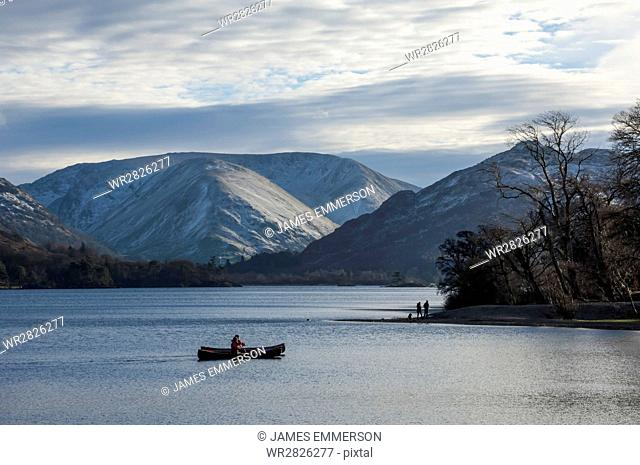 Canoeists, Ullswater, Lake District National Park, Cumbria, England, United Kingdom, Europe