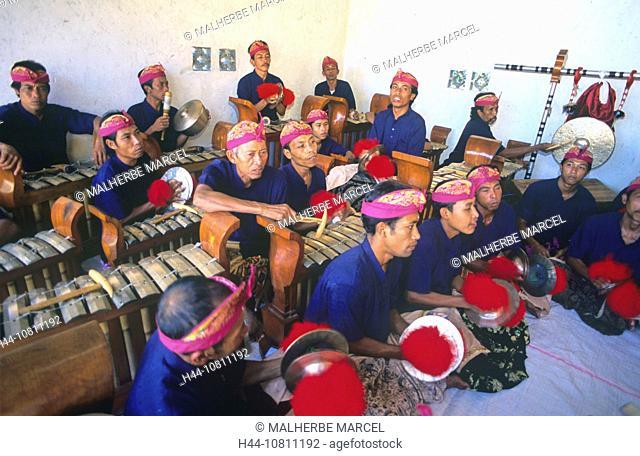 Asia, Bali, Asia, Besakih temple, Gamelan orchestra, Indonesia, music, musician, no model release, religious ceremon