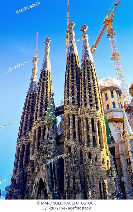 La Sagrada Familia Church. Designed by architect Antoni Gaudí. Eixample district, Barcelona, Catalonia, Spain