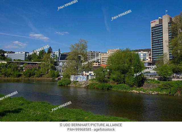 Zuerich Limmat River April 2017 | usage worldwide. - Zuerich/Zuerich/Switzerland