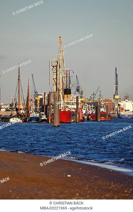 Hamburg harbour, Övelgönne, Hanseatic town Hamburg, North Germany, Germany, Europe
