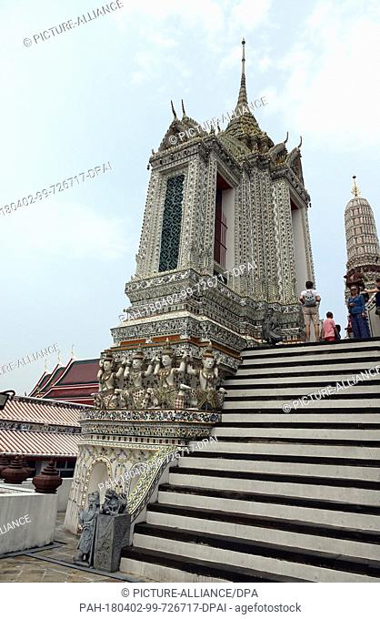 27 February 2018, Thailand, Bangkok: A pavilion (a cubic building in a Wat) of Wat Arun (Temple of Dawn). Wat Arun is a buddhist temple on the shores of the Mae...