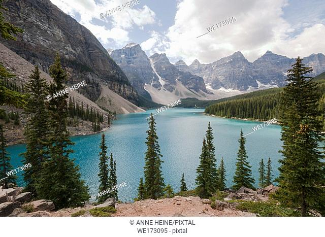 Moraine lake, Banff, National Park, BC, Canada