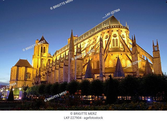 Saint Stephen's cathedral in Bourges in the Evening, Old city of Bourges, The Way of St. James, Chemins de Saint Jacques, Via Lemovicensis, Bourges, Dept