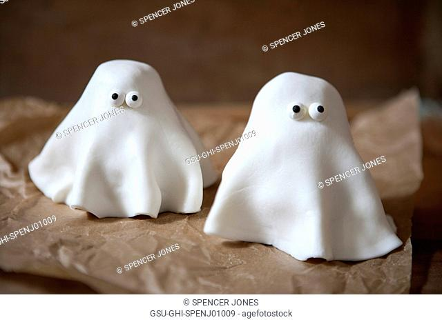 Two Ghost cupcakes with White Fondant