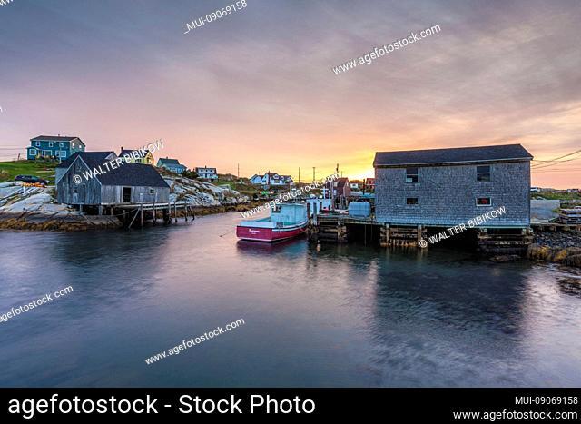 Canada, Nova Scotia, Peggy's Cove, fishing village on the Atlantic Coast, dawn