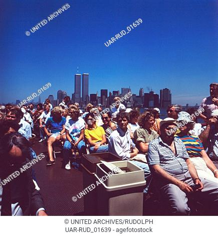 Eine Schiffstour in Manhattan, New York City, New York, USA 1980er Jahre. A boat tour in Manhattan, New York City, New York, USA 1980s