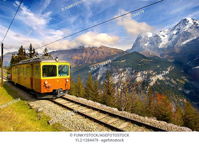 Murren fenicular Train - Switzerland