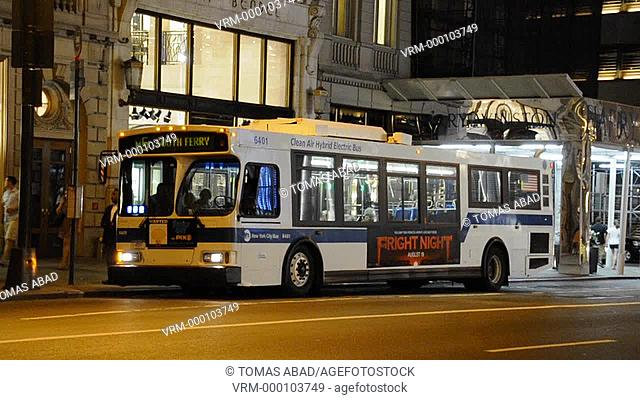 MTA Public Transportation Bus, Taxi, 5th Avenue, Manhattan, New York City
