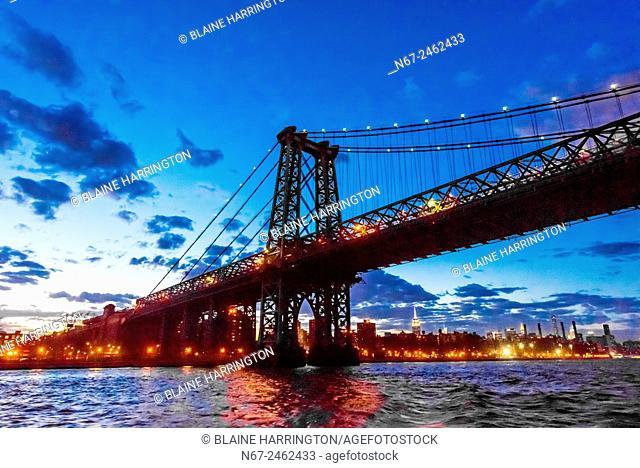 Williamsburg Bridge, New York, New York USA