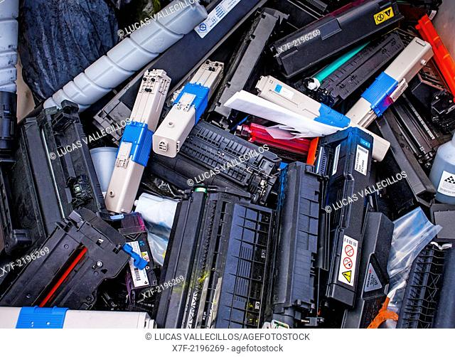 Toner storage to recycle,recycling center