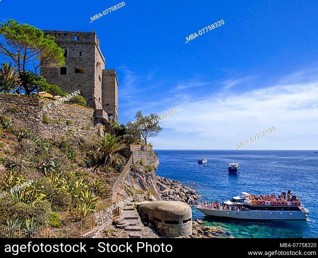 Excursion boat at Torre Aurora Tower, Monterosso Al Mare, Cinque Terre, Riviera di Levante, province of La Spezia, Liguria, Italy, Europe