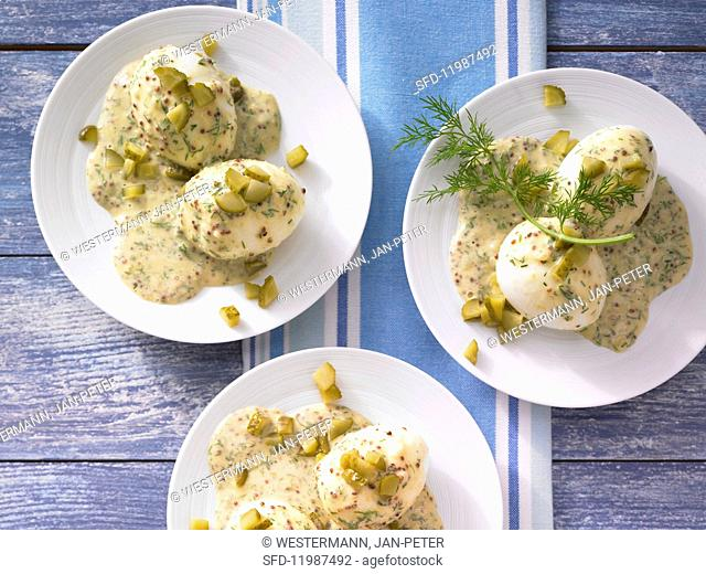 Eggs in dill & mustard sauce with gherkins