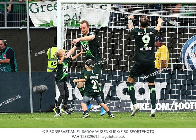 firo: 17.08.2019 Football, Football: 1. Bundesliga, Season 2019/2020 VfL Wolfsburg - FC Cologne Koeln final jubilation, jubilation, gossip, beck
