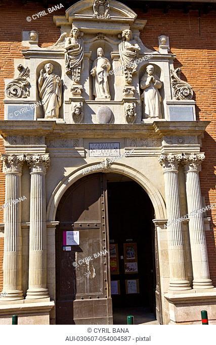 France, Toulouse, Saint Peter Church, facade