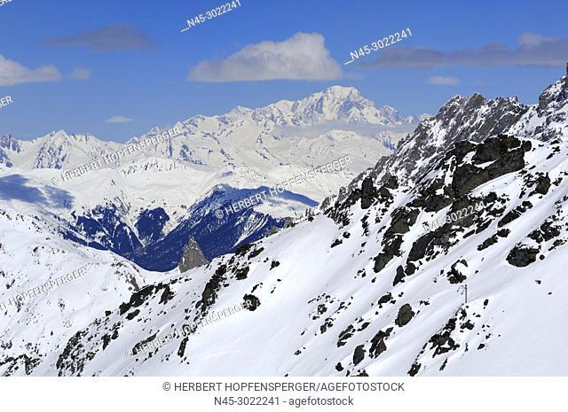 Monte Blanc 4810m, Mountain Range, Snow Scenery, Haute Savoie, Trois Vallees, Three Valleys, Ski Resort, France, Europe