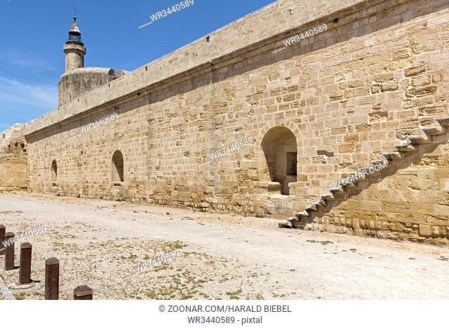 Die Festung im Ort Aigues-Mortes, Camargue, Südfrankreich