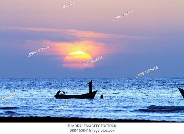 Fisherman at sunset, Qalansiyah, Socotra island, listed as World Heritage by UNESCO, Hadhramaut governatorate, Yemen