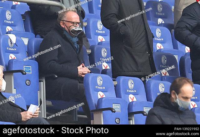 firo: 24.01.2021 Football: Soccer: 1.Bundesliga, 2020/21 season FC Schalke 04 - FC Bayern Mvºnchen, Muenchen Karl-Heinz Rummenigge wore a protective mask for a...