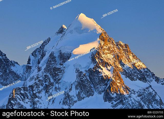 Piz Roseg, 3937 m, view from Piz corvatsch, Graubuenden, Switzerland, Europe