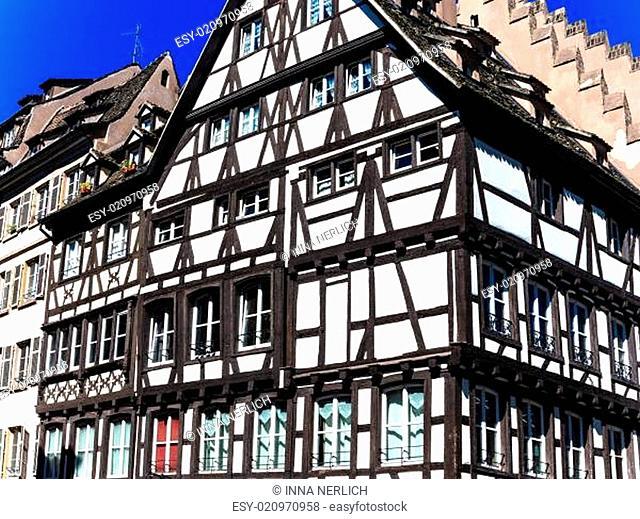 Ein altes Fachwerkhaus im Zentrum von Straßburg