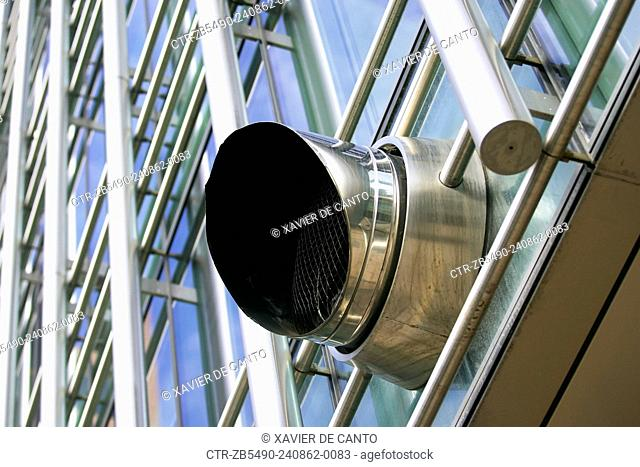 Exhaust ventilation system, office building