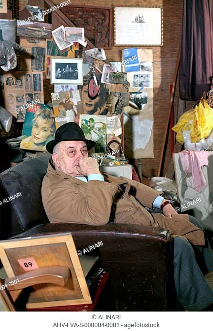 The Venetian painter Marco Novati (1895-1975) in his studio, shot 29/05/1969 by Fotografia Ferruzzi