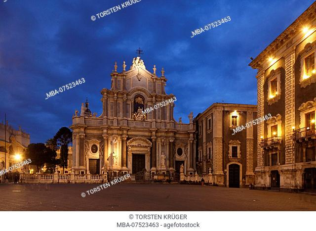 Cathedral Square, Catania Cathedral, by Architect Girolamo Palazzotto, Catania, Sicily, Italy, Europe