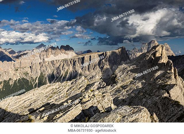 Europe, Italy, Alps, Dolomites, Mountains, Croda da Lago, Formin, Monte Pelmo, View from Rifugio Nuvolau