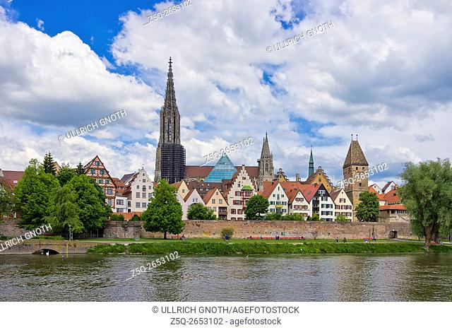 Historic waterfront of Ulm showing the Ulm Minster and the ancient city walls, Ulm, Germany
