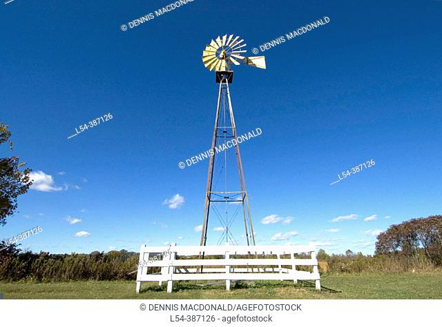 Windmill provides water drawing power on a rural farm