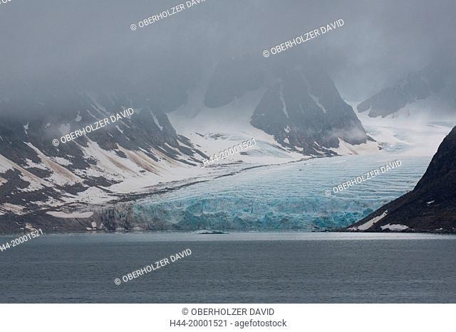Spitsbergen, Svalbard, Smeerenburgfjord, glacier