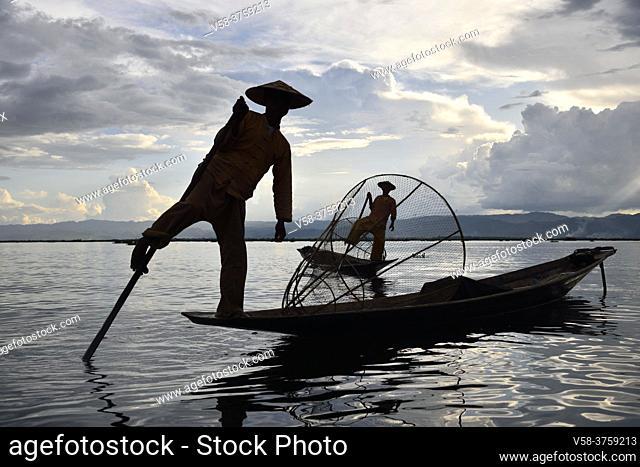 Myanmar, Shan State, Inle Lake, Intha fishermen