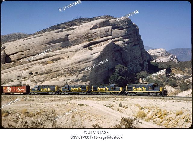 Santa Fe Freight Train, Sullivan's Curve, Cajon Pass, California, USA, 1964