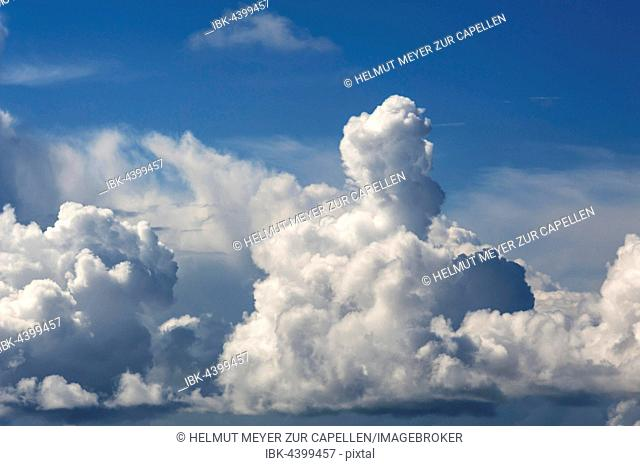 Cumulus clouds at the Atlantic coast, France