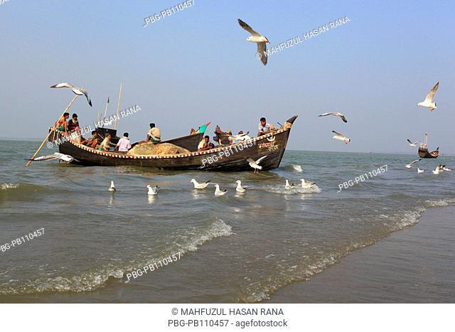 Fishing boats at the Bay of Bengal CoxÆs Bazar, Bangladesh November 2010