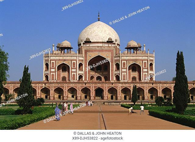 Asia, India, New Delhi, Tomb of Humayun