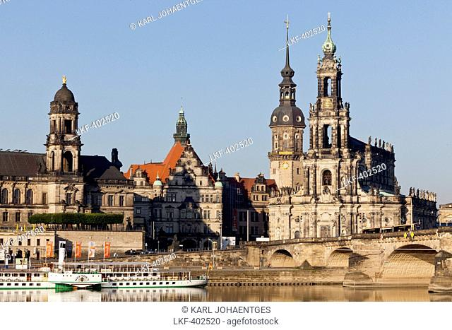 Augustus Bridge and old city skyline with the Catholic Church of the Royal Court of Saxony, Bruehl's Terrace, Dresden, Saxony, Germany